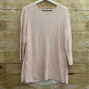 Two by Vince Camuto med pink long sleeve sweater